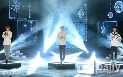EXO3人组亮相《THE SHOW:All About K-POP》